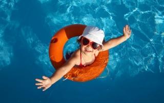 Use as piscinas com segurança!